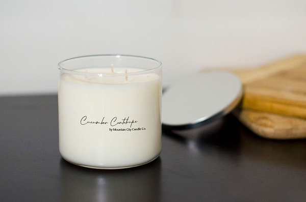 Cucumber & Cantaloupe Scented 3 wick candle